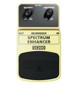 Behringer SE200