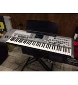 Zawodowy keyboard YAMAHA 9000 PRO + case, harmonizer