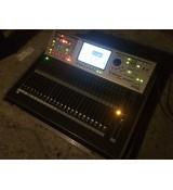 Roland V-mixer M-400 cyfrowy mikser estradowy